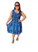 Blå blommig klänning. Klänningar Kladshopen.nu